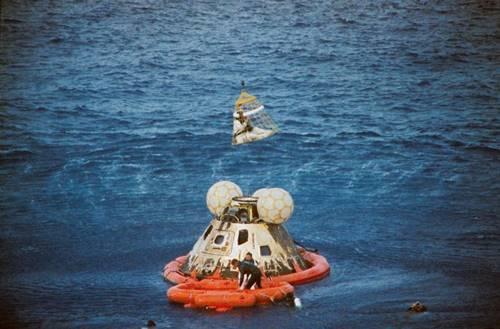 Pesawat Luar Angkasa Apollo 12