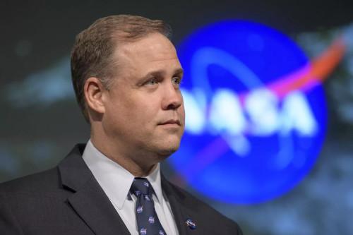 Jim Bridenstine, Administrator NASA yang mengungkapkan bahwa Pluto adalah Planet
