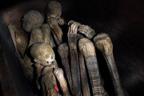 Mumi Api Kabayan dari Suku Ibaloi, Filipina.