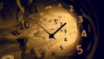 Mesin Waktu Ternyata Ada! Fakta dan Teorinya