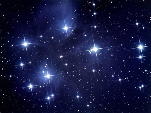 Cahaya Bintang yang terang bisa jadi karena kumpulan gugus Bintang