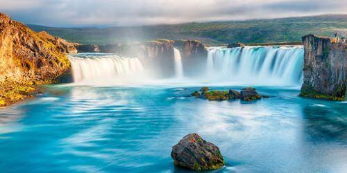 Goðafoss Iceland - Tempat Wisata Dunia