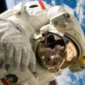 7 Fakta Baju Astronot, Ada Alasan Mengapa Berwarna Putih!