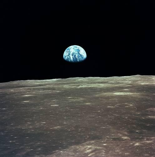 foto fenomenal earthrise