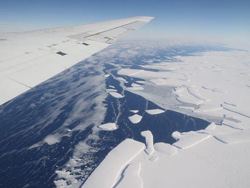 Mencairnya es di Antartika