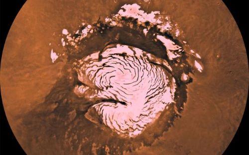 The North and South Poles - Tempat Wisata Keren di Mars