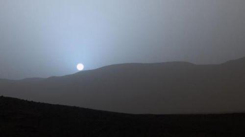 Warna Sunset di Mars