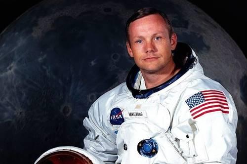 Neil Amstrong pernah melihat sinar dari Kabah dari luar angkasa