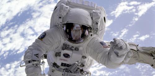 Cara Menjadi Astronot