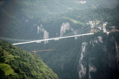 Jembatan kaca Zhangjiajie Grand Canyon di China