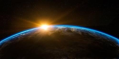 luar angkasa itu sunyi senyap
