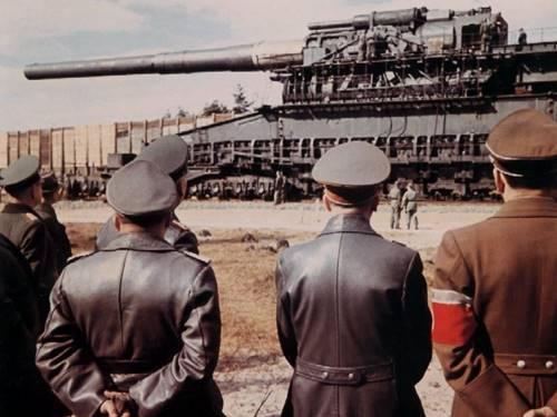 Meriam gustav dan dora senjata perang dunia II