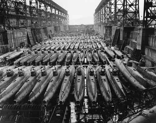 bentuk kapal selam mini yang digunakan saat perang dunia II