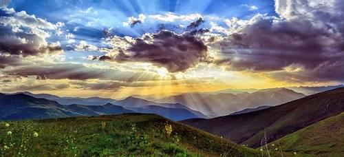sinar Matahari memiliki radiasi ultra violet