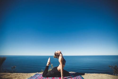 Sangat penting untuk selalu menyempatkan diri berolahraga, demi menjaga stamina loh!