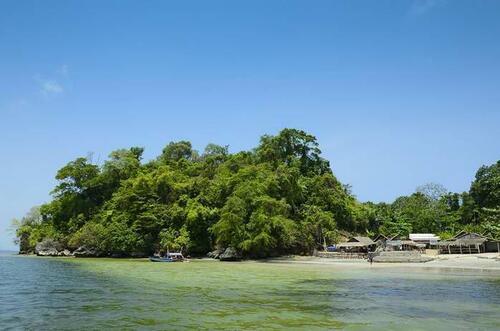 5 Pulau Di Indonesia yang Terkenal Mistis, Apa Saja Itu? - Pulau Nusakambangan