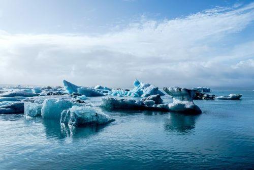 Kutub Utara Yang Meleleh Terlalu Cepat
