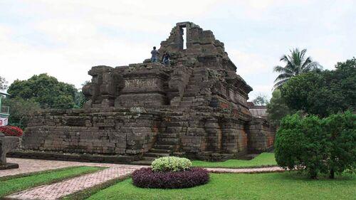 Kerajaan Kediri - Raja di Nusantara Mencapai Kejayaannya