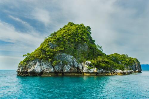 Keindahan Pulau