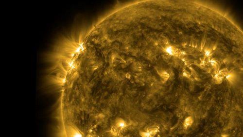 Matahari ains Matahari Berwarna Kuning