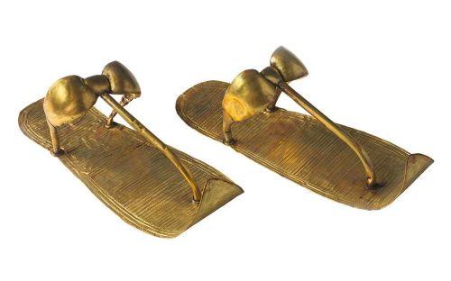 Sandal Emas Tutankhamun