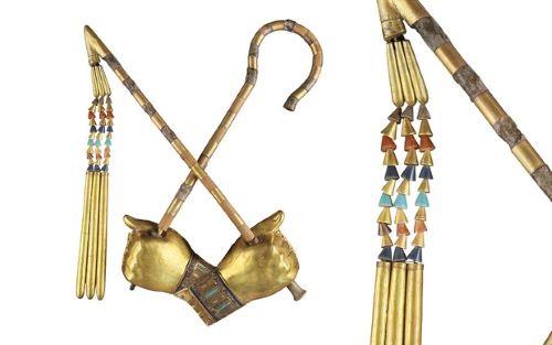 Tangan Emas  & Cambuk Tutankhamun