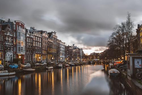 Belanda Saat ini, Indonesia Masih Dijajah Belanda