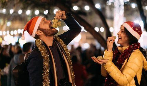 Tradisi Tahun Baru, Makan Anggur Dalam 12 Detik