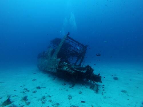 Bangkai kapal, Jika laut menjadi transparan